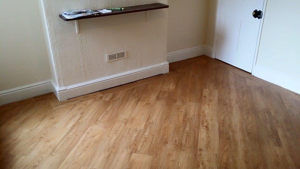 diagonal pattern wood floor