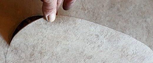 vinyl floor cutting